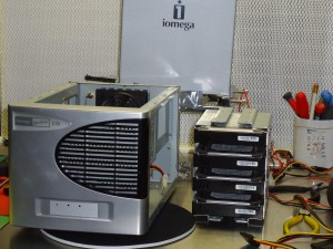 RAID-Iomega-OnRetrieval-04
