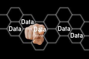 Datos robados y perdidos son ofertados en el Dark Web. . Imagen de Gerd Altmann en Pixabay